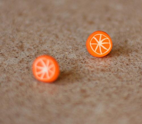 náušnice pomeranč