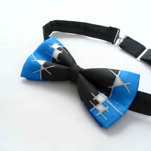 Modro-černý hedvábný motýlek