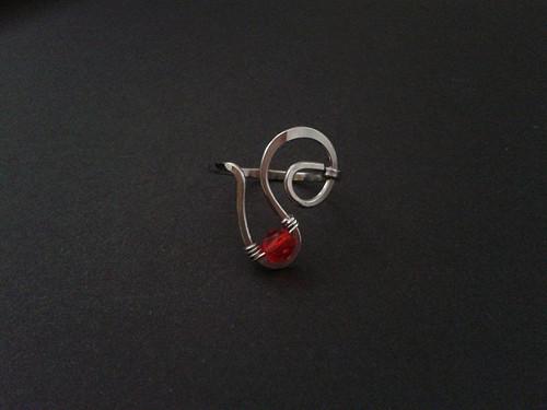 ČERVENÝ kamínek - prstýnek - ocel