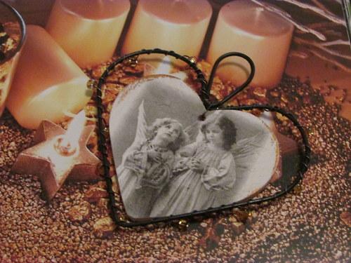 Drátěné srdíčko k zavěšení s Andělkami