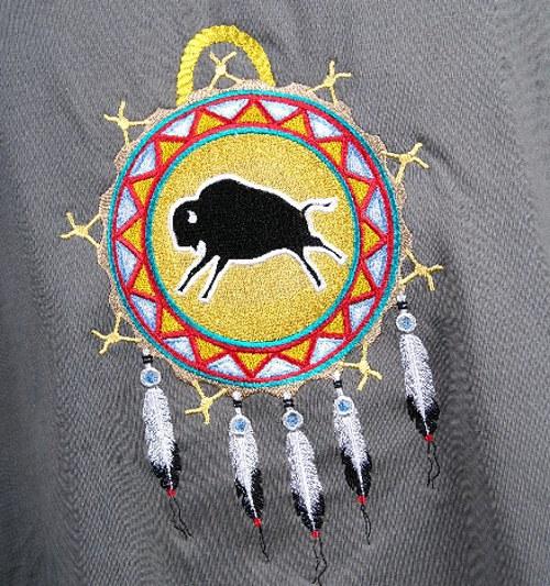 Tričko Heavy + vyšitý amulet s bizonem