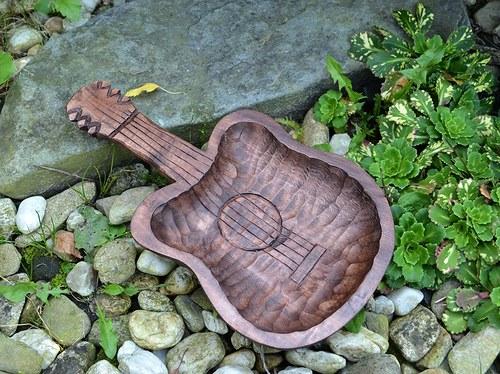 miska kytara