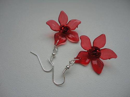 Květy červené
