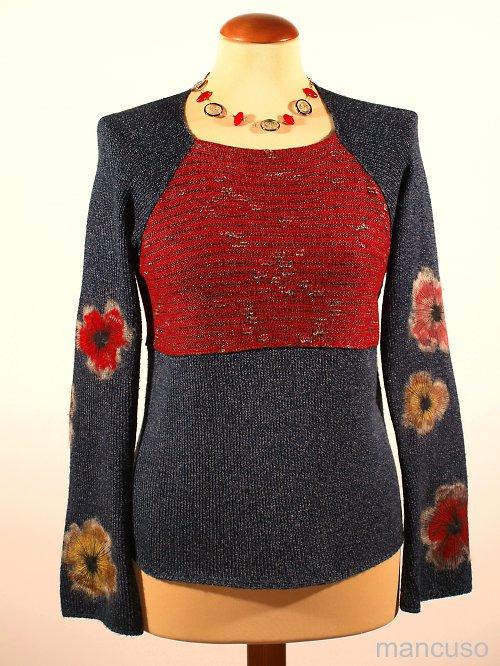 vínový pulover s květovanýmí rukávy