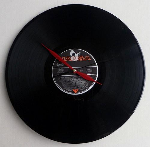 Vinylové hodiny Hansa