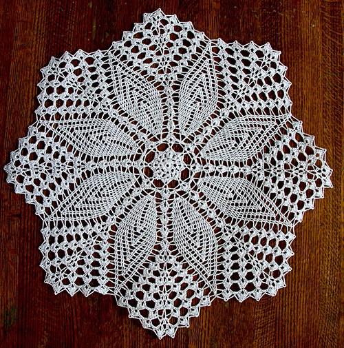 Dečka bílá háčkovaná průměr 50 cm - hvězda