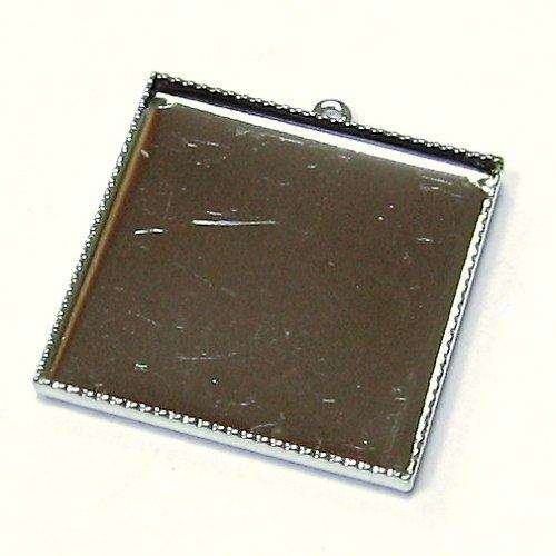 Lůžko čtverec 25 mm