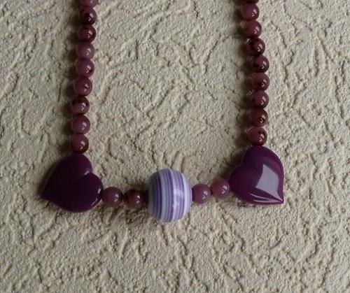 náhrdelník fialový  - 2 srdce