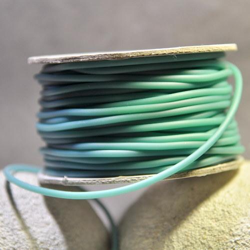 PRY2mm Pryžová šňůrka - různé barvy/ metráž
