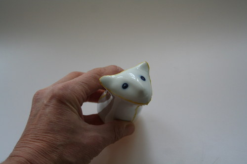 Porcelánový věšáček