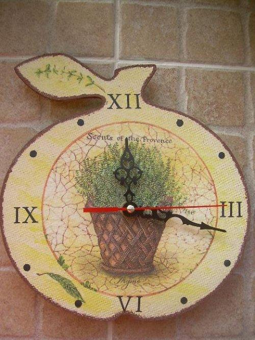 Hodiny ( jablko ) 21x21