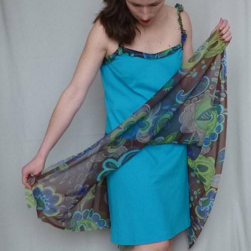 Kytky na tyrkysu - šaty