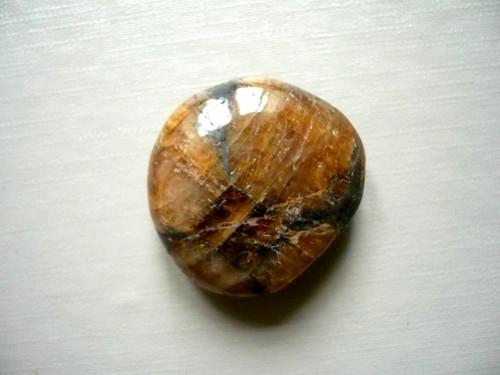Troml. kamínek - chiastolit, č.10