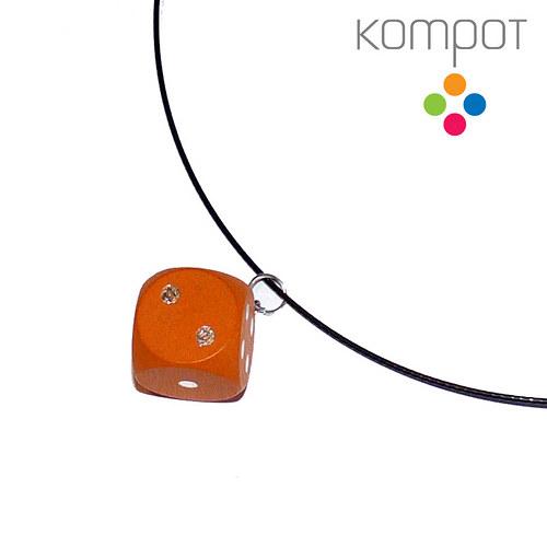 Náhrdelník s kostkou :: oranžový