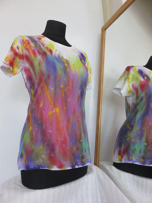 Batikované tričko, dámské M, zeštihluje :o)