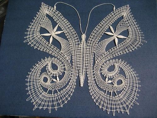 Motýl - paličkovaný