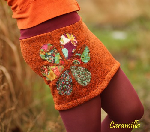 Zimní minisukně Oranžová s našívanými květy M/L