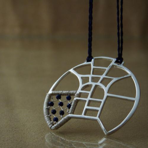 Rozeta s lapisem - náhrdelník - stříbro Ag925