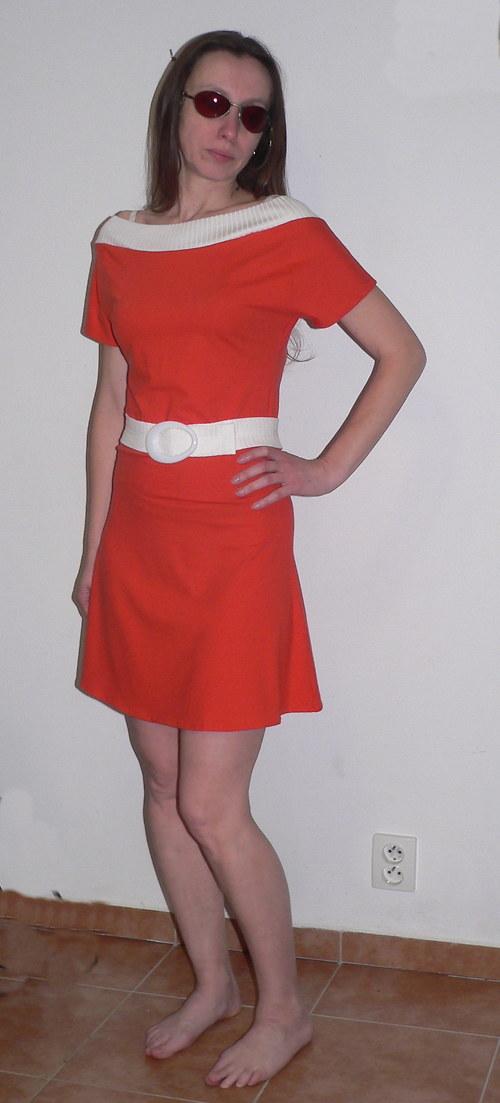 Oranžové šaty - Výprodej - sleva 30%