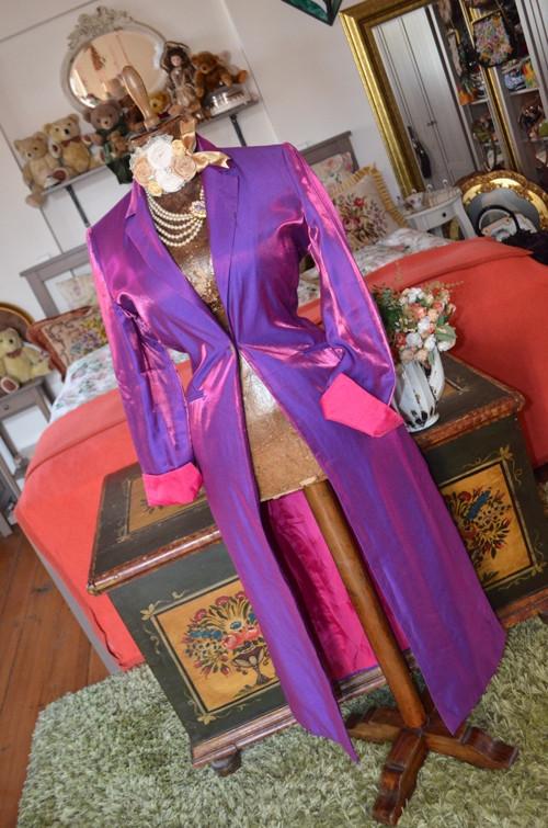 Extravagance... kabátel fialkový metalický.. SLEVA