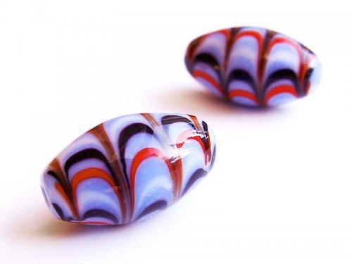 Modrofialové vajíčko s barevnými vlnkami ((V137))