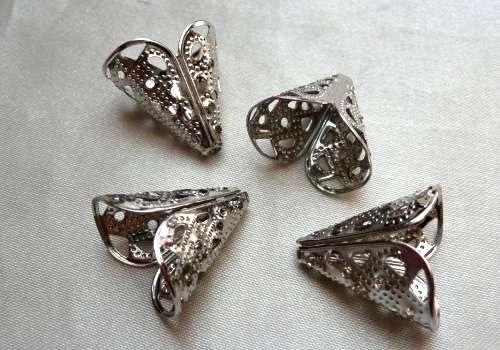Kaplík kužel 16 x 10 x 16 mm - stříbrná (2 ks)