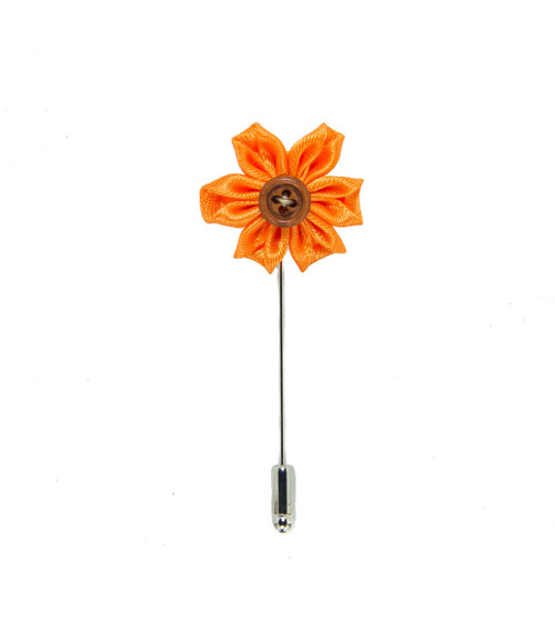 Saténová květina do klopy zlatavě oranžová