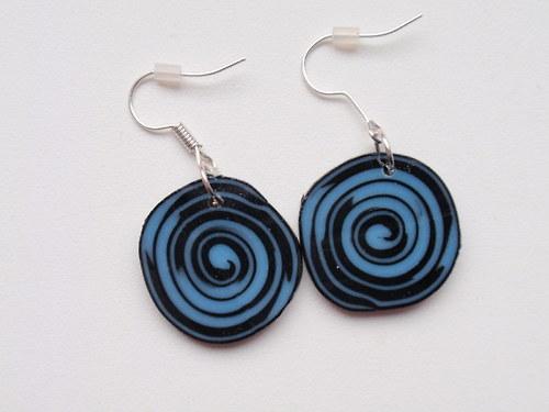 Modro černé spirálky placičky