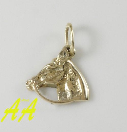 Přívěsek - hlava koně