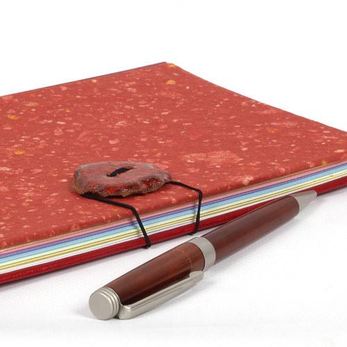 Tajemství paní Dory (zápisník)