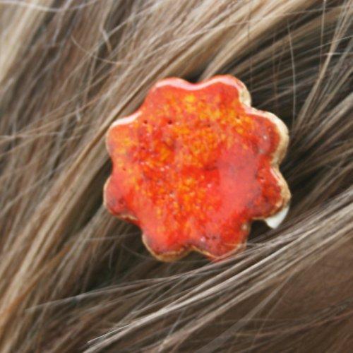 Sponka s efektní glazurou - květina