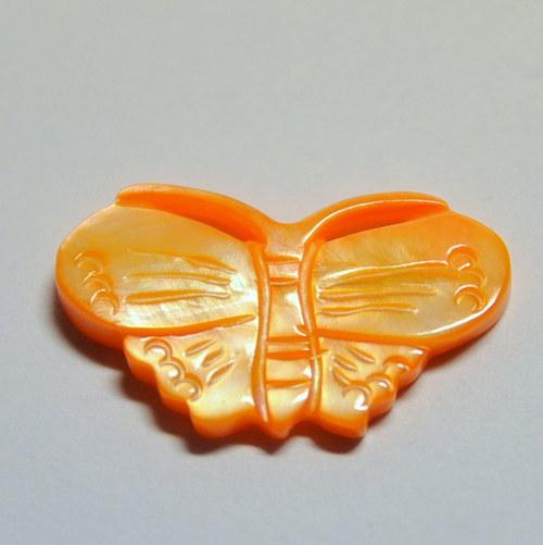 Motýl z perleti 24mm / oranžový