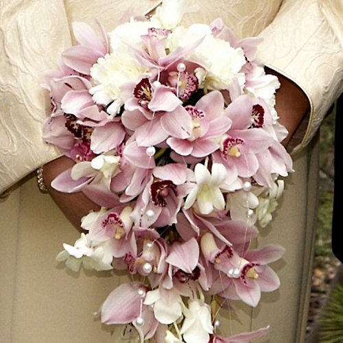 Svatební převislá z orchidejí