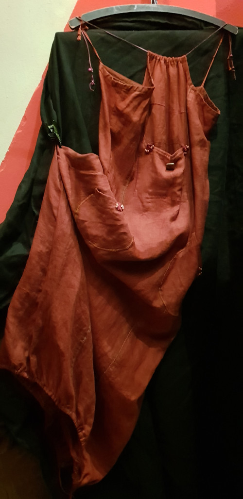 Šaty lněné na ramínka