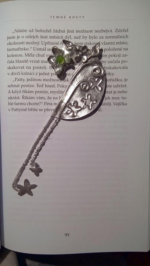 Cínová květinová záložka do knihy