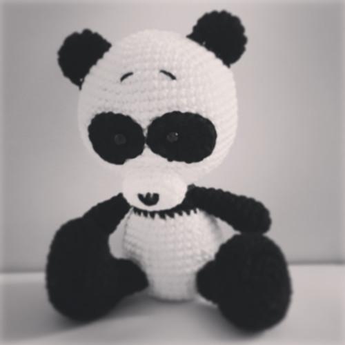Návod na háčkovaného medvídka pandu