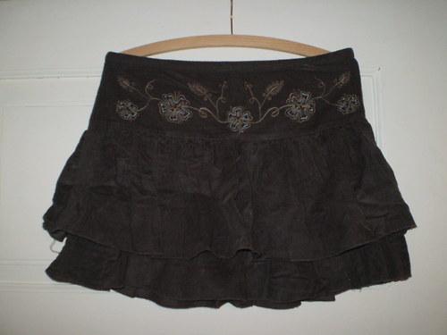 Manžestrová sukně volánková,parádní..