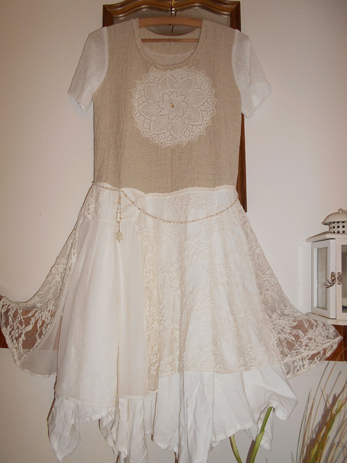 Šaty -krajková mandala