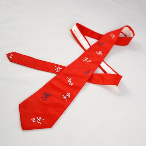 Červená fotbalová kravata na přání
