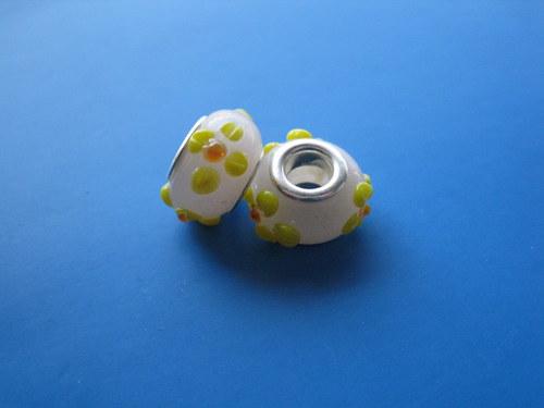 Korálky - sklo -  2ks - sv.růžové s květy