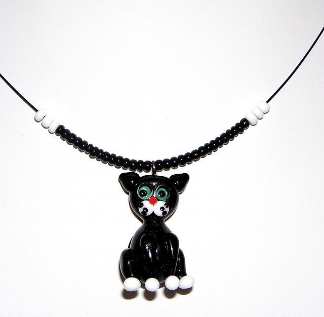 Náhrdelník z korálků  - černá kočka