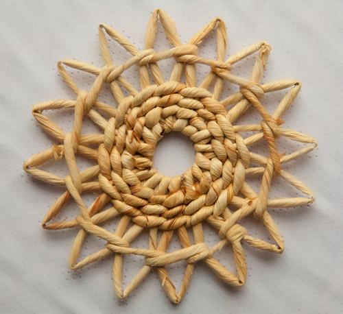 ozdoba z kukuřičného šustí