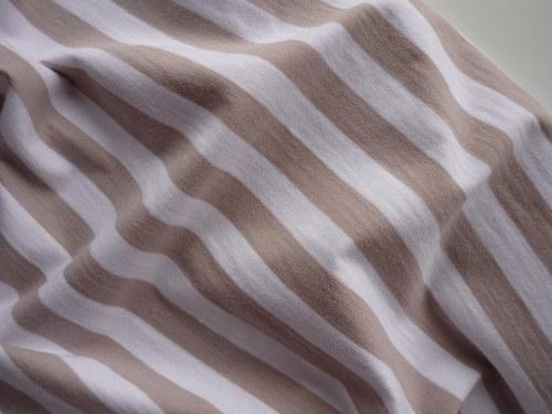 Jednolíc elastický  bílo-béžový proužek