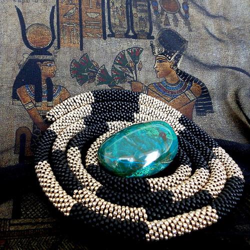 Náhrdelník černozlatý had