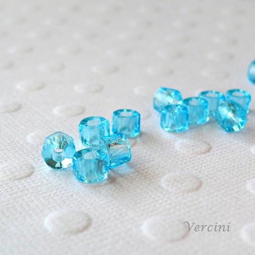 Broušené válečky modré 10ks