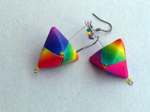 Origami duhové pyramidky - náušnice