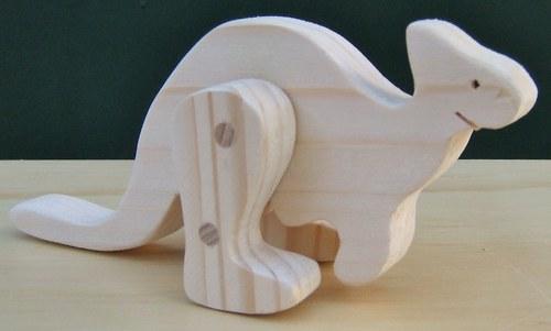 Dřevěná hračka-Skákající klokan