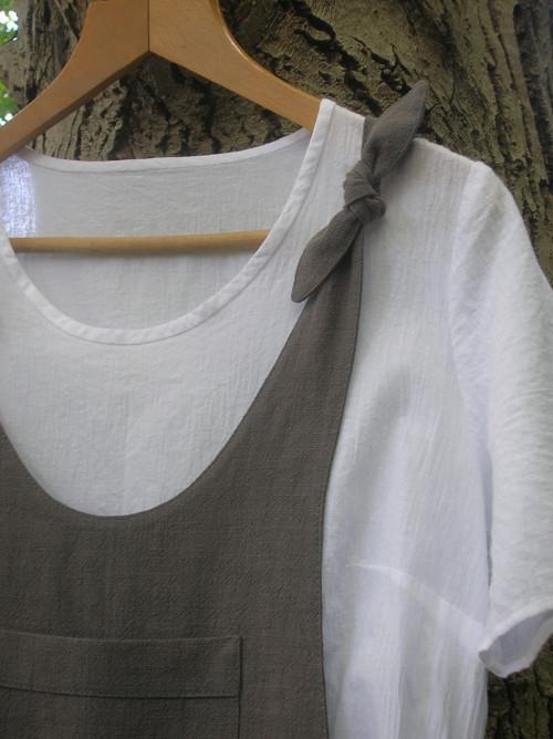 Ľanové nohavice - overal s uzlíkami