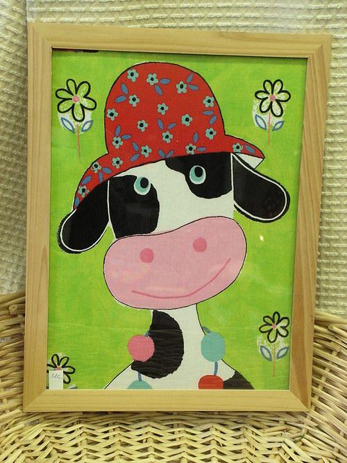 Textilní obrázek - kráva v klobouku