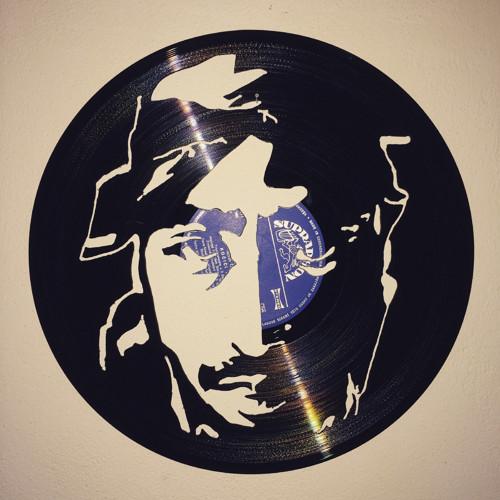 2 Pac  portrét  rapera vyřezáno do gramodesky